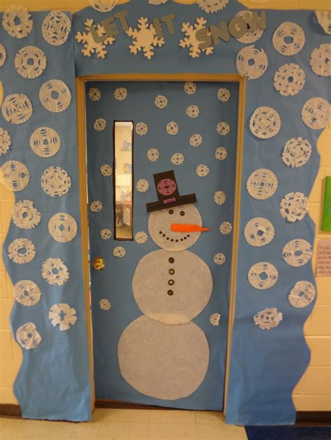 school door christmas decorating ideas 1000 images about classroom door decoration ideas on