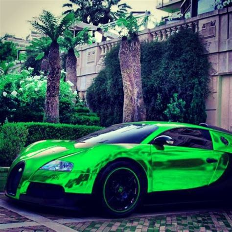 Chrome Green Bugatti Veyron