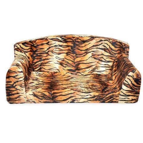 Pet Settee by Animal Predatory Pet Sofa Settee Sizes Small Medium