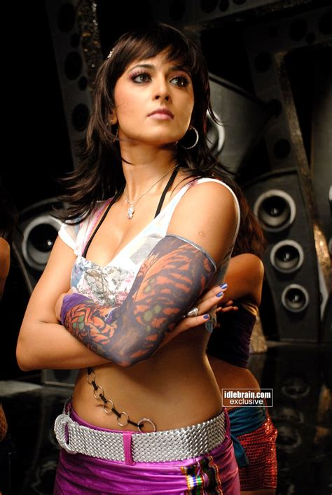 KOLLYWOOD MIRCHI Anushka Hot In Billa HD