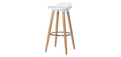 pied meuble cuisine ikea tabouret bar blanc et bois cuisine en image