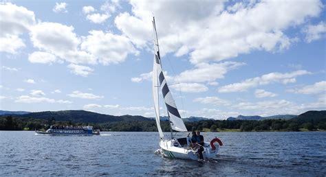 Lake Boat Hire by Sailing On Lake Windermere Low Wood Bay Centre