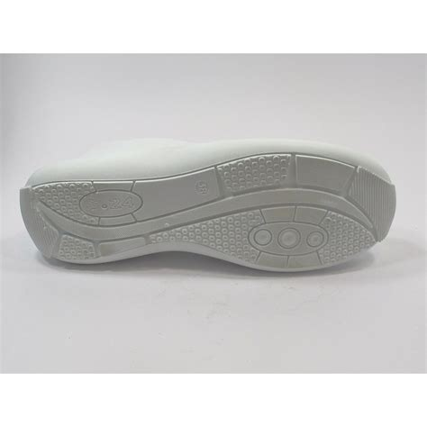 sabot de securité cuisine chaussure de sécurité cuisine femme blanche lisashoes