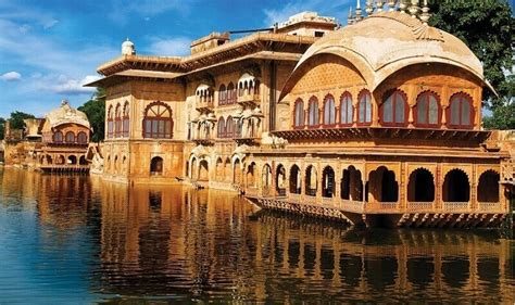 Deeg Palace In Rajasthan: An Escape To The Royal Past