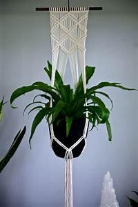 25+ unique Macrame plant hangers ideas on Pinterest