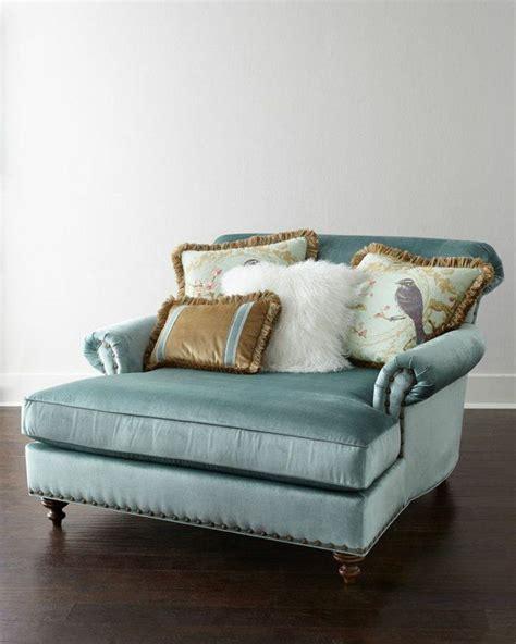 housse canapé méridienne pas cher 1000 idées sur le thème fauteuil design pas cher sur