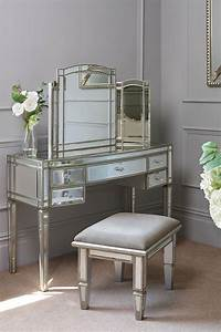 Antoinette Toughened Mirror Dressing Table / Curved