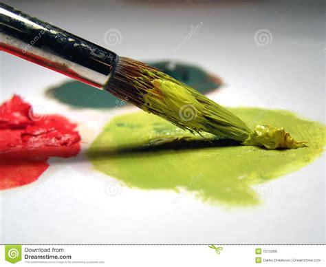 diritti di commercio pennello e colori di olio fotografia stock immagine di