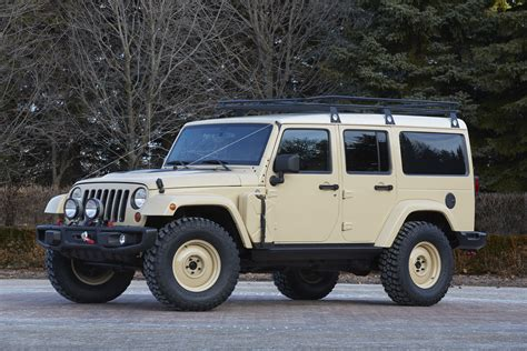 desert tan jeep liberty the jeep wrangler africa concept heads to safari in moab