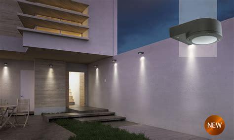 illuminazione da esterno a led faretti lioncini led illuminazione giardino lade da