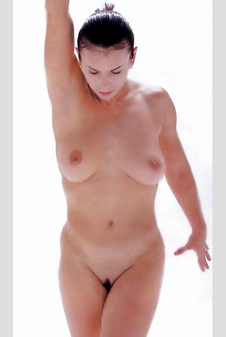 Lavinia milosovici nude : Indigo male adults