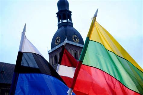 Krievija grasās apšaubīt Baltijas valstu neatkarības ...