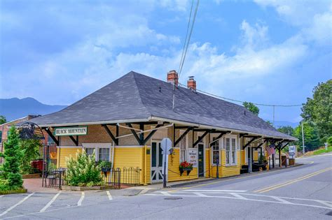 The Most Charming Towns And Small Cities In North Carolina