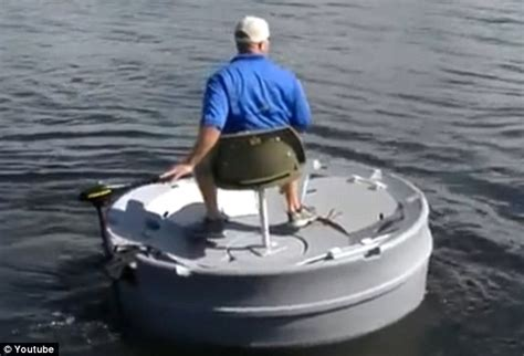 Single Person Fishing Boat by Ultraskiff Boat Touted As The Ultimate Fishing Vessel