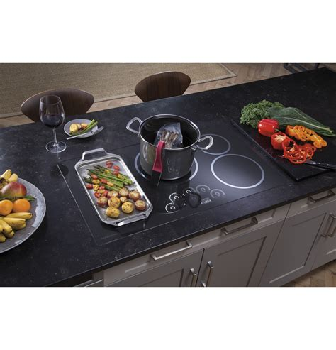 monogram  induction cooktop zhurdjbb ge appliances