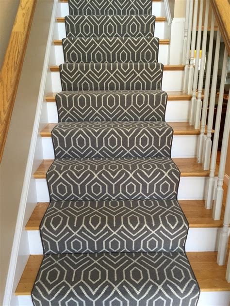 Rugs For Stairs Runners by Patterned Carpet The Dos Donts Carpet Workroom