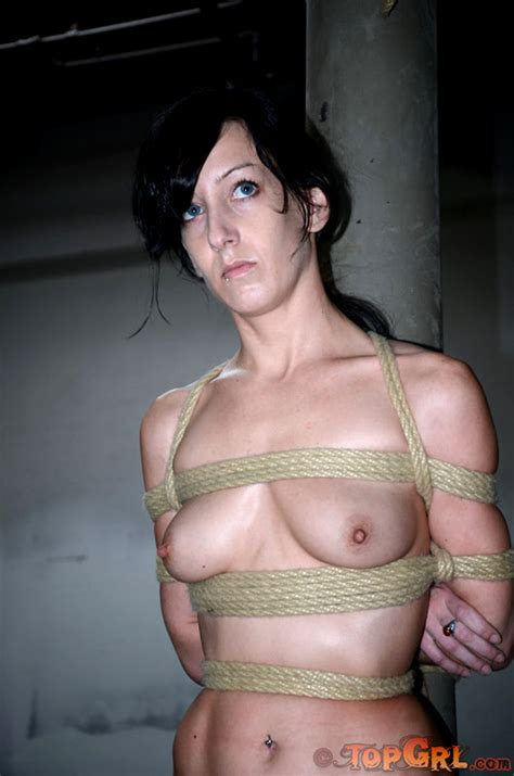 Babe Today Top Grl Sister Dee Elise Graves Gorgeous Bdsm