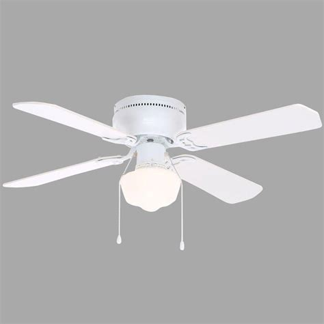 42 white ceiling fan with light hton bay littleton 42 in indoor white ceiling fan with