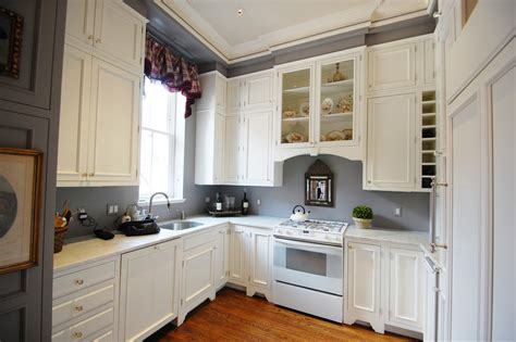 12 Inspirations Of Best Paint Colors For Kitchen With