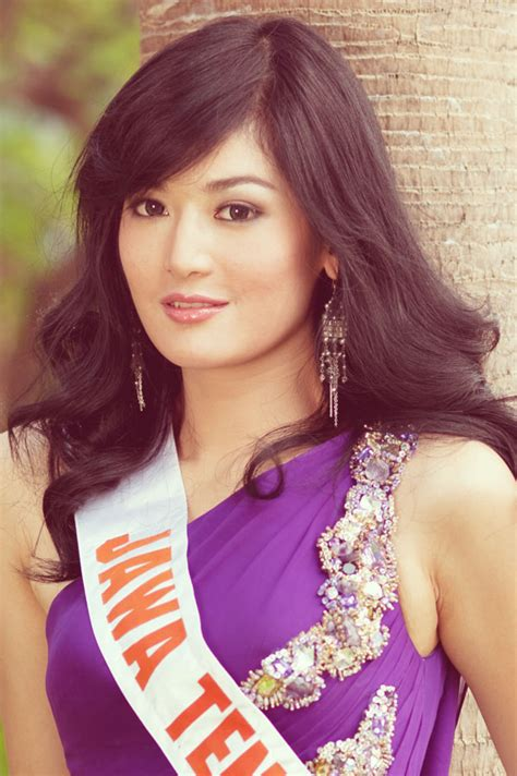 Foto Maria Selena Putri Indonesia        Celebs Hot Photo   Biography And Gossip