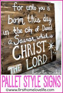 Pallet Wood Christmas Signs Made
