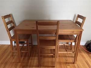 Ikea Table Bois : relookez un vieux meuble ikea avec du bois de palettes 10 ~ Teatrodelosmanantiales.com Idées de Décoration
