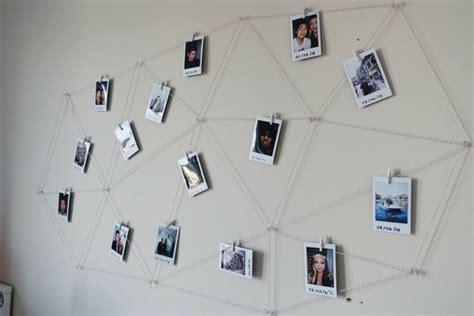 Fotos Aufhängen Wand by Polaroid Fotos Deko Geometrisch Muster Netz Garn Diy Diy