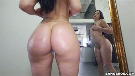 Pawg Bouncing On Hubbys Prick