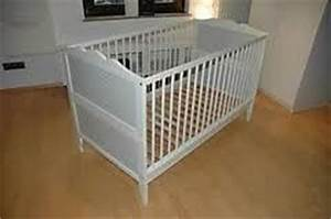 Ikea Kinderbett Hensvik : ikea hensvik kinderbett babybett 70x140 lattenrost in mitte anzeige 186154 ~ Orissabook.com Haus und Dekorationen