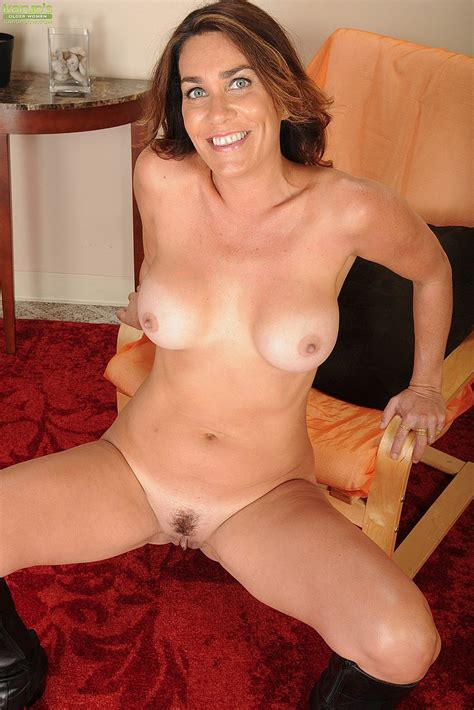 Casey Get Busy With Her Cherry MILF Fox