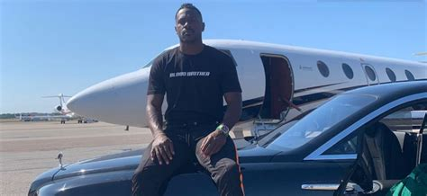 Antonio Brown Allegedly Had Sex with a Painter in the Same ...
