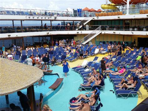 ebola scare sends caribbean cruise ship back home abc news