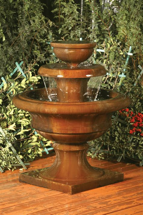 high resolution pictures  fountains planters