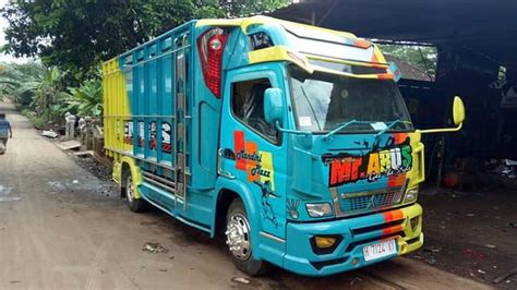 Truck cabe menggila di jalur babat _ bojonegoro. Truk Cabe di Modifikasi jadi Keren dengan Variasi Gagah - Jual Bak Truk