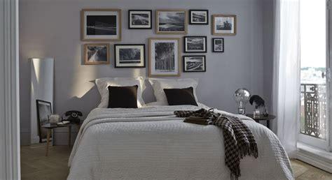decoration americaine pour chambre choix judicieux que cette peinture grise au dessus du lit