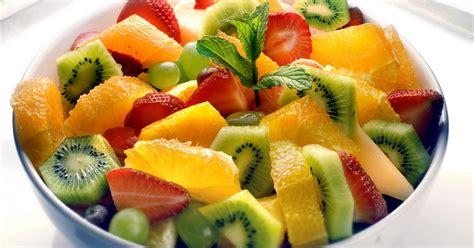 cuisiner la mangue recette salade de fruits aux épices qui fait faire hummm 750g
