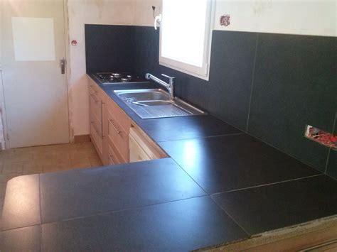 recouvrir carrelage plan de travail cuisine amenagement interieur maison neuve renover plan de travail
