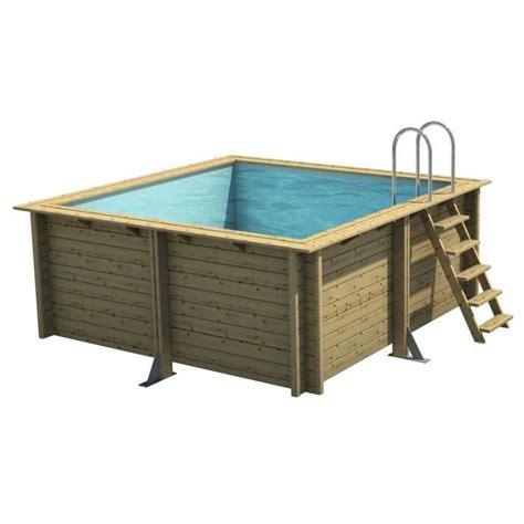 piscine hors sol bois carree