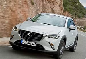 Mazda Cx3 Prix : mazda cx 3 2 0 skyactiv g 88kw skymove 2017 prix moniteur automobile ~ Medecine-chirurgie-esthetiques.com Avis de Voitures