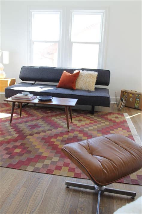 kilim rug  mid century modern vintage coffee table