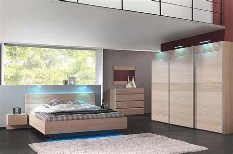 chambres à coucher moderne chambre a coucher en bois moderne mzaol com