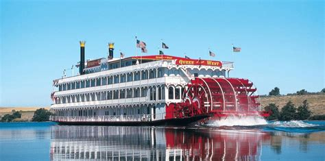 Ohio River Boat Cruises by Willie Nelson Buys Casino Riverboat On Mississippi