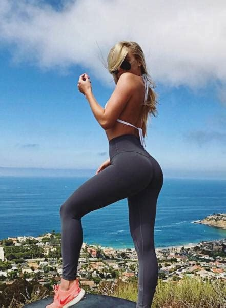 reasons  love yoga pants