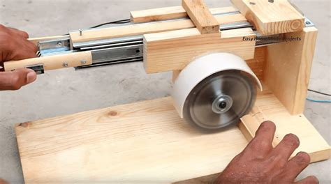 A Diy Miter Saw That Won't Cost A Lot Of Money