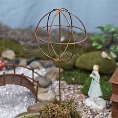 Small Rusty Wire Topiary Form  Fairy Garden Miniatures