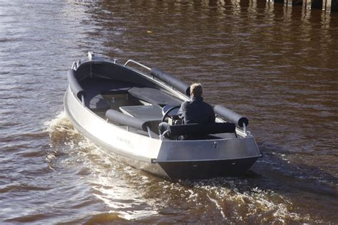 Alu Boot Bouwen by Alumax Boats Custom Aluminium Boats