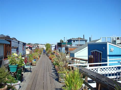 Houseboat New Orleans by Houseboats Sausalito Ca Favorite Places Spaces