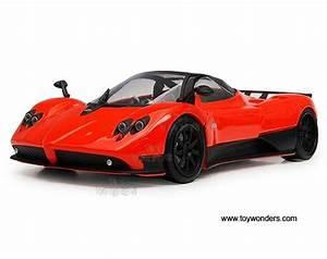 Pagani Zonda F Hard Top W   Sunroof By Motormax 1  18 Scale