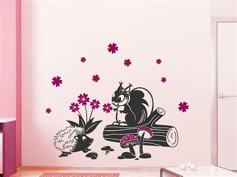 Wandtattoo Kinderzimmer Eichhörnchen by Wandtattoo Eichh 246 Rnchen Und Igel F 252 R Kinder Wandtattoo De