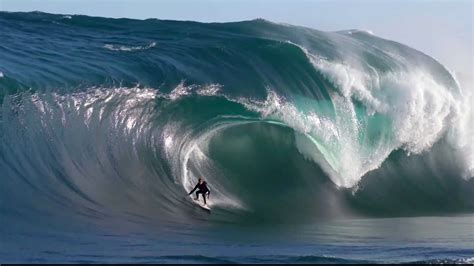 Indian Ocean Mega Swell Hits Australia  Filmers @large